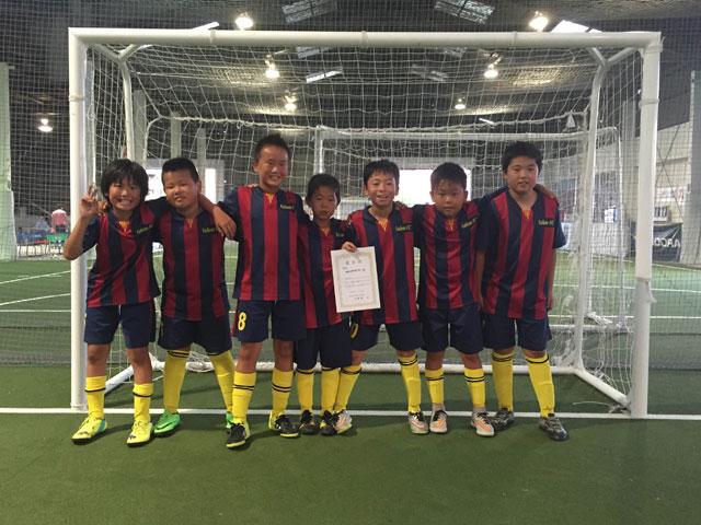 優勝-VALIENTE-FC